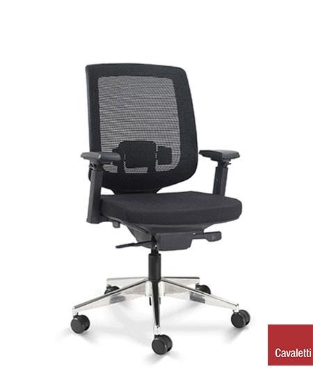 Cadeira para escritório giratória presidente 28001 - Syncron - BRAÇO 4D - Linha C3 - Cavaletti - Base Alumínio