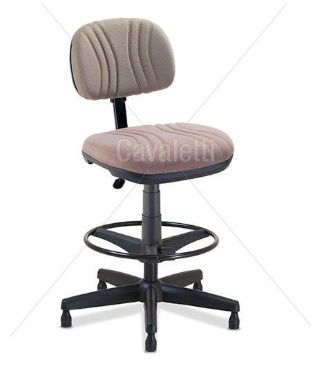 Cadeira giratória caixa 3022 - BKG SRE - Linha Start Plus - Cavaletti - Base Polaina com Sapata