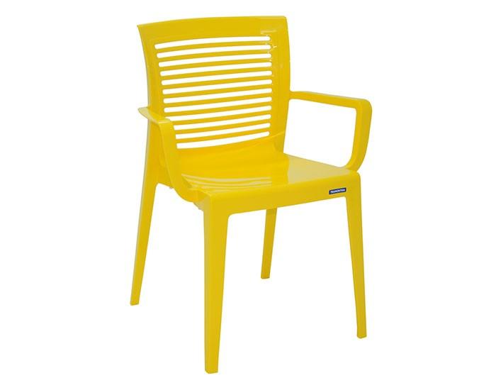Cadeira Tramontina Victória com Braços com Encosto Vazado Horizontal em Polipropileno