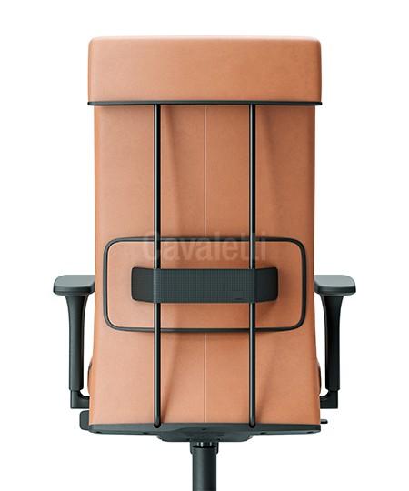 Cadeira para escritório giratória presidente 45101 - BRAÇO 4D-CA - SYNCRON- Regulagem Profundidade no Assento - Linha Leef - Cavaletti - Base UP em Nylon -