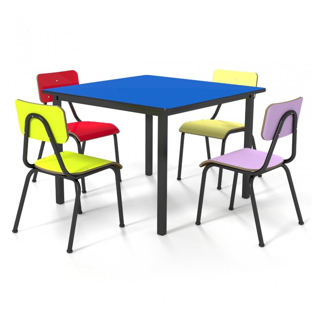 Conjunto de mesa infantil (1 à 5 anos) - 1 mesa + 4 cadeiras - colorido - Dellus