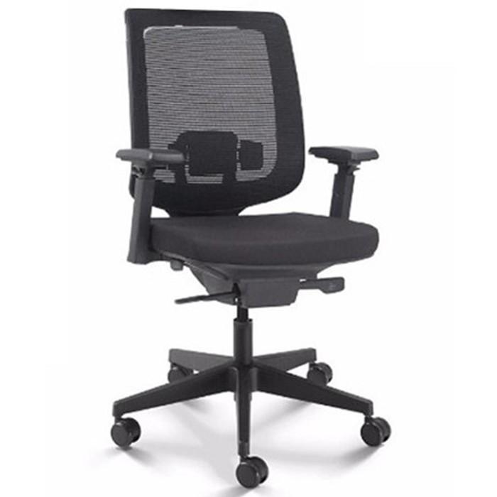 Cadeira para escritório giratória presidente 28001 - Syncron - BRAÇO 4D - Linha C3 - Cavaletti - Base Nylon